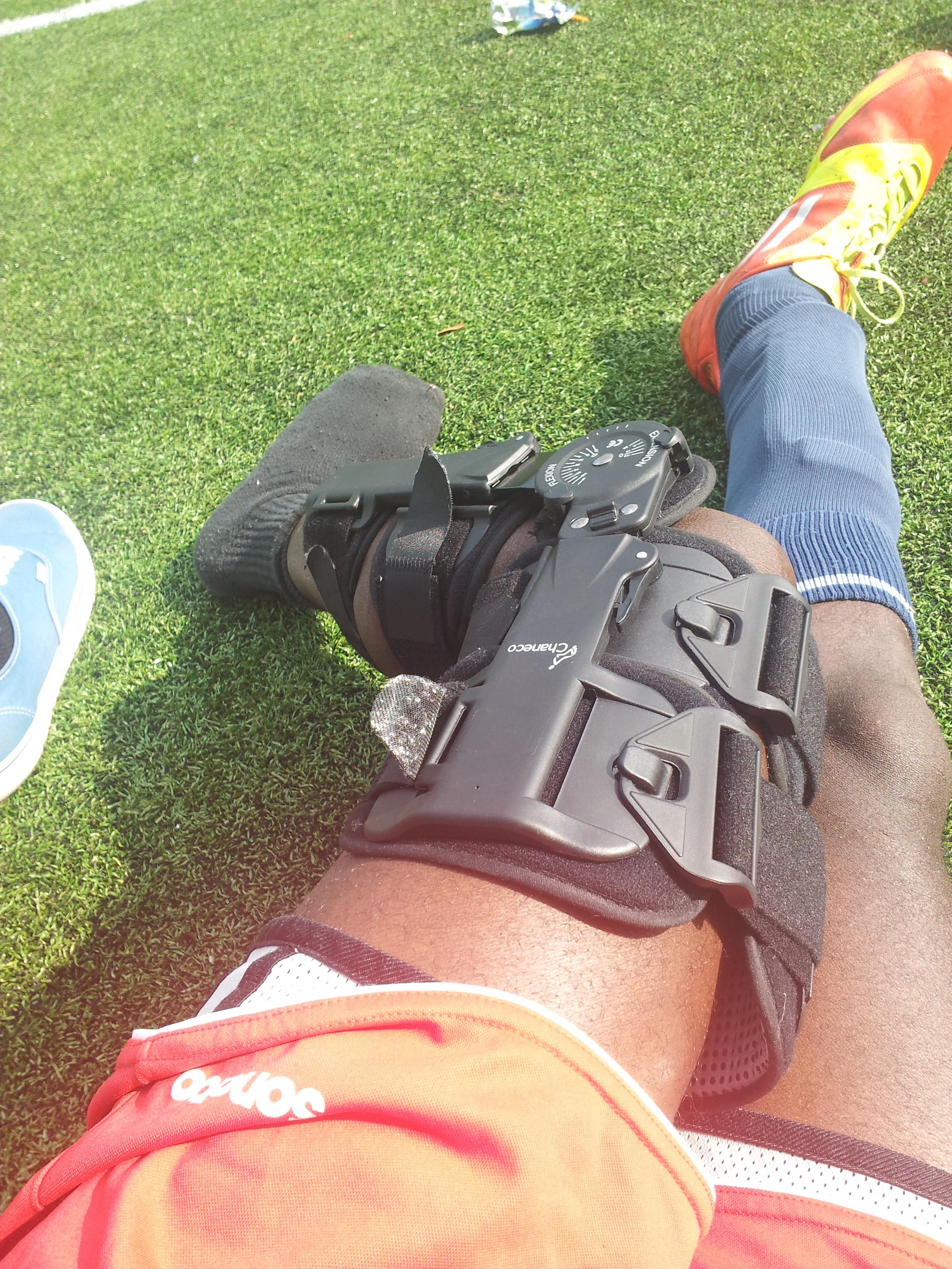 Borrowed Knee brace